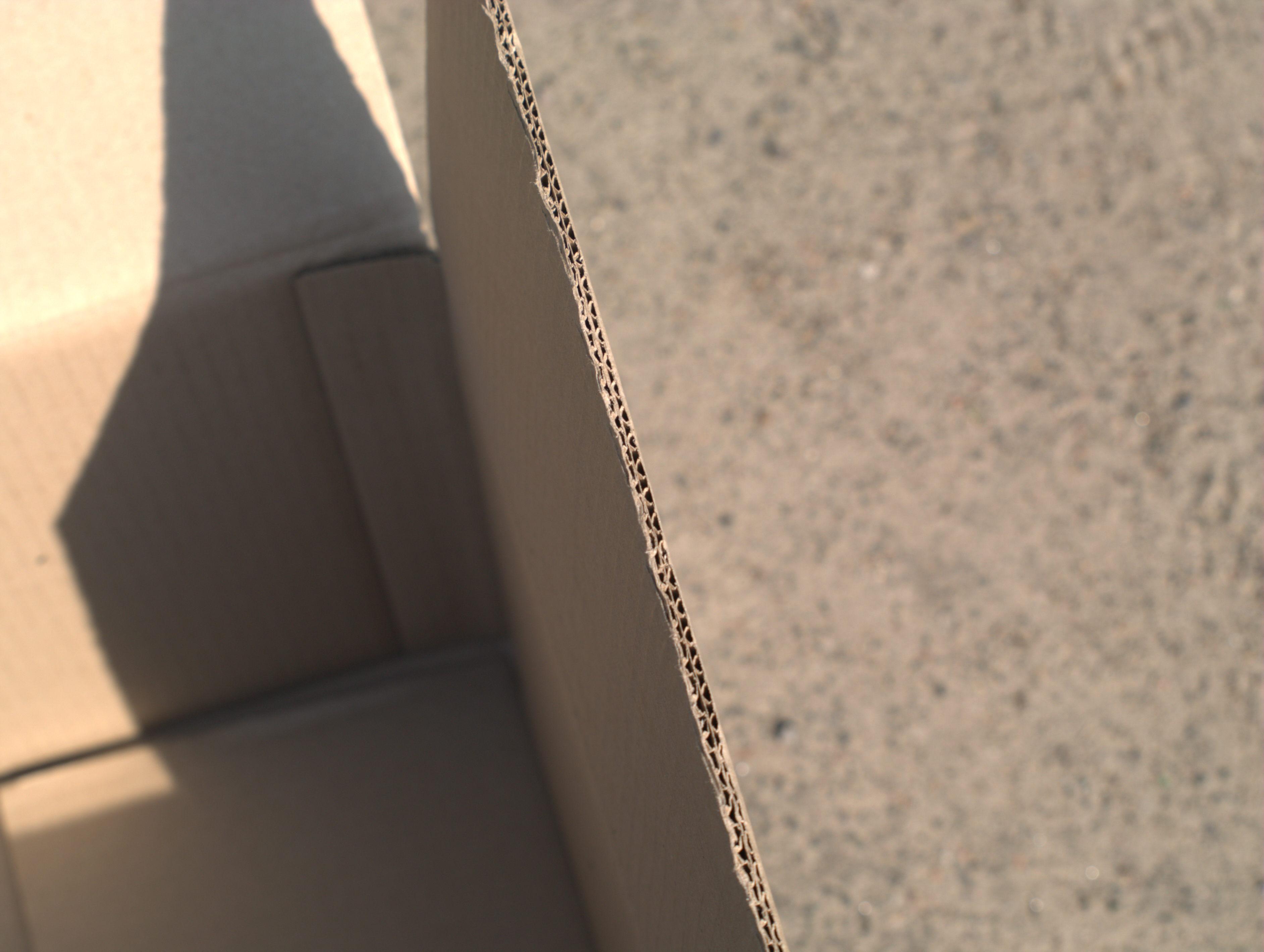 Коробка 600*400*300мм , 5 шарів картону та кріплення