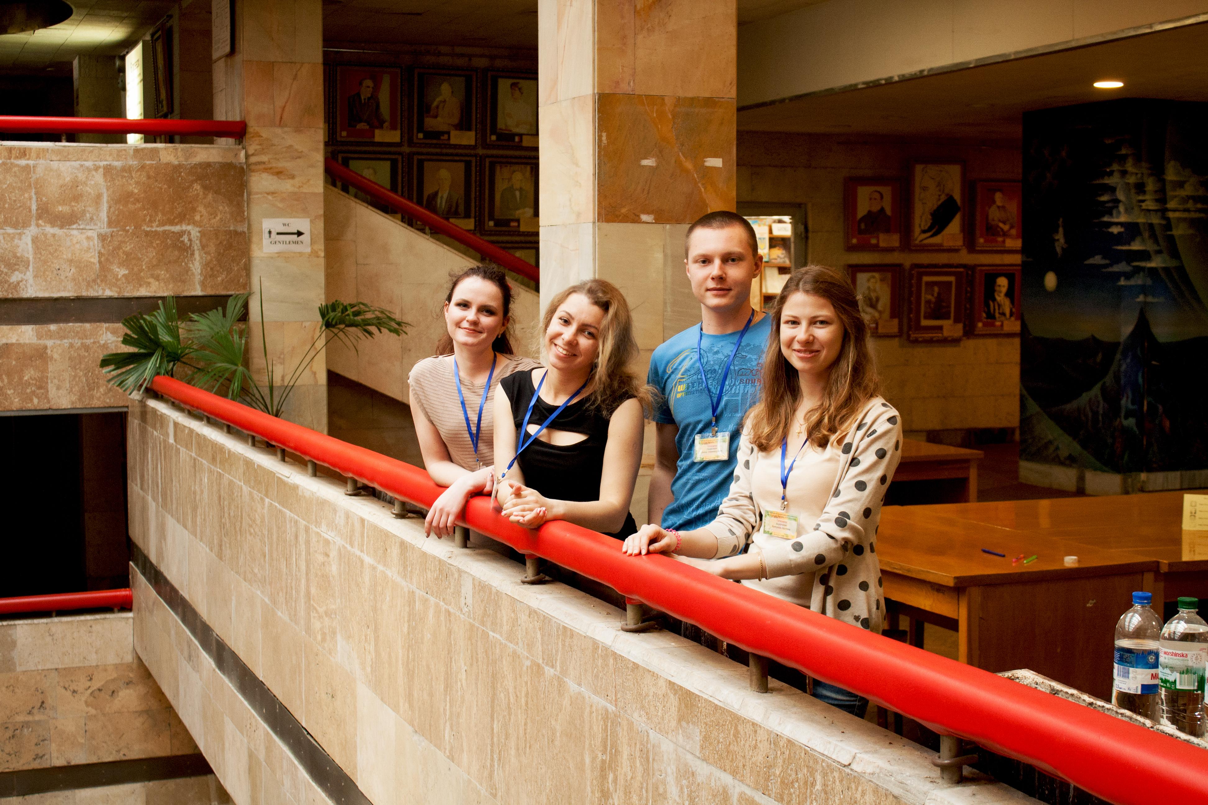 Бакалаври Факультету біотехнології і біотехніки та Інженерно-хімічного факультету Київського політехнічного університету
